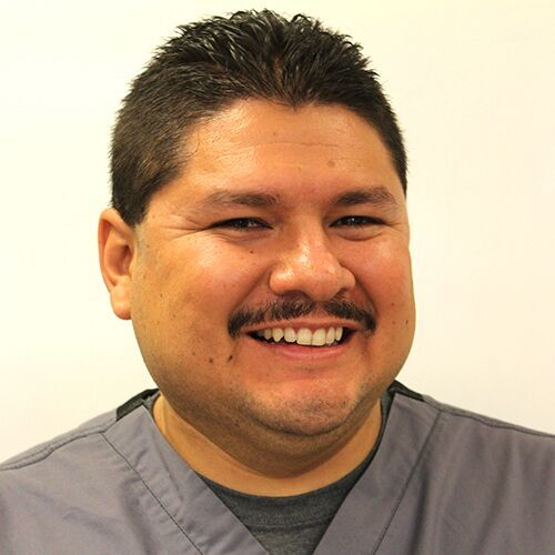 Ricardo-Zavala-Lead-Dental-Assistant-Basalt.jpg