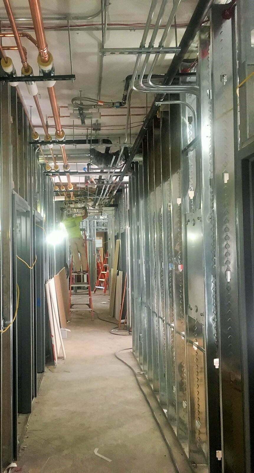 Hallway narrow - 9-11-2018